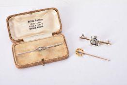 An early 20th century diamond bar brooch
