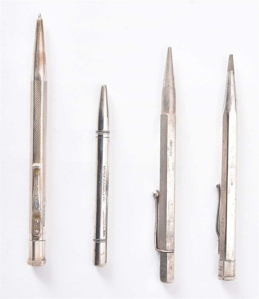 A collection of silver and silver coloured propelling pencils - Image 2 of 3