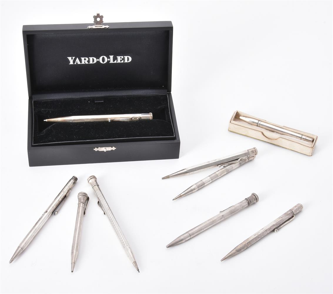 A collection of silver and silver coloured propelling pencils