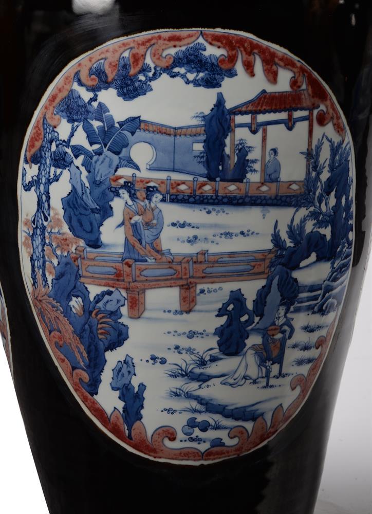 A large pair of Chinese black glazed baluster vases - Image 3 of 8