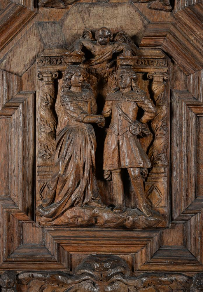 An oak and walnut press cupboard - Image 3 of 6