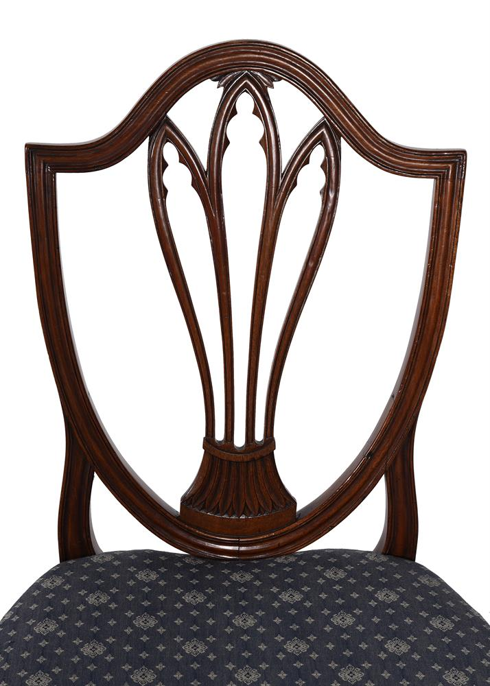 A set of eight George III dining chairs - Image 3 of 5