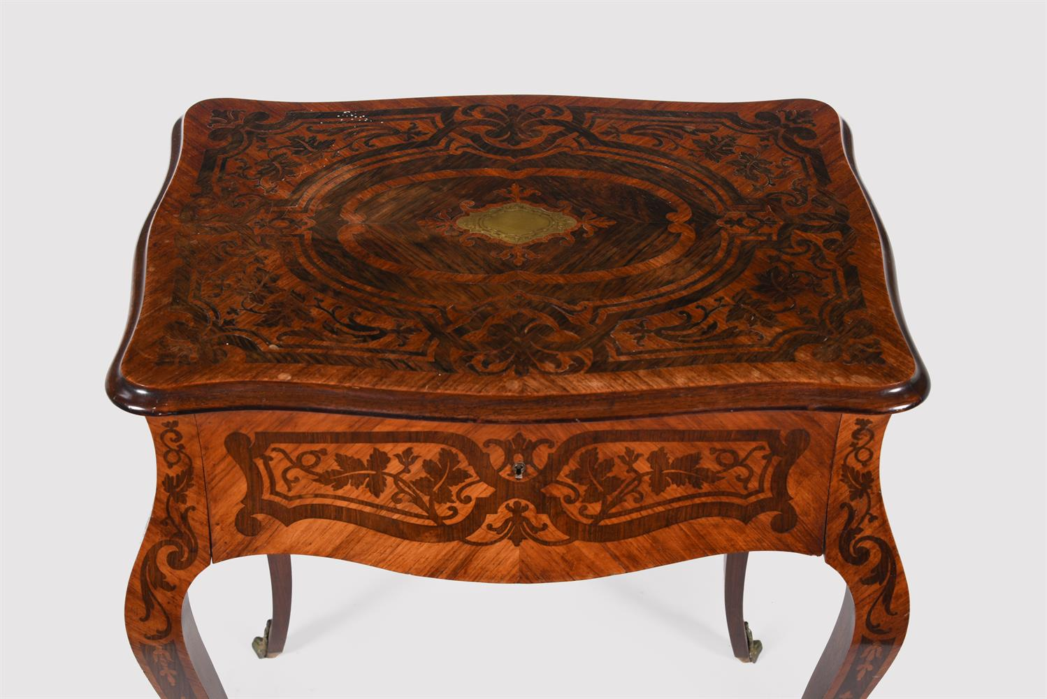 Y A French tulipwood and rosewood marquetry side table - Image 2 of 5