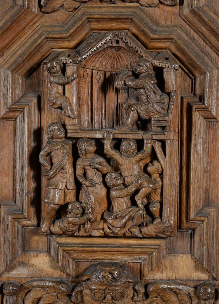 An oak and walnut press cupboard - Image 5 of 6