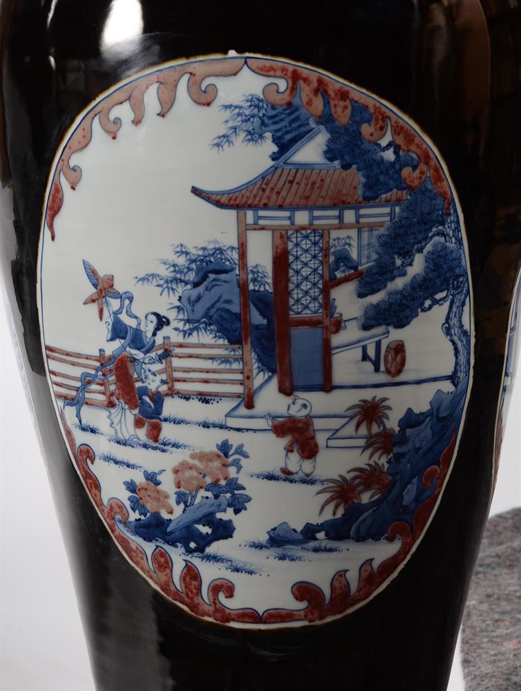 A large pair of Chinese black glazed baluster vases - Image 4 of 8
