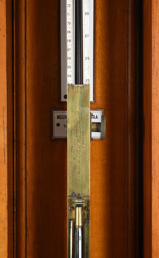 A FINE VICTORIAN LACQUERED BRASS FORTIN-TYPE LABORATORY MERCURY STICK BAROMETER - Image 3 of 3