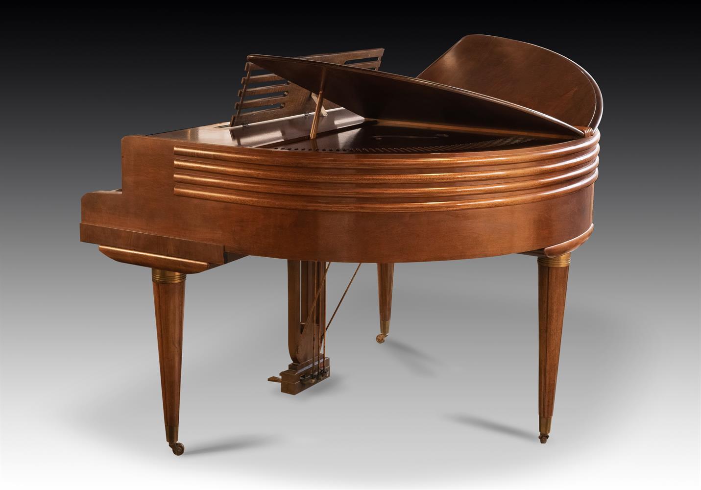 † WURLITZER, CINCINNATI; A 4'1'' BUTTERFLY GRAND PIANO, CIRCA 1937 - Image 3 of 7