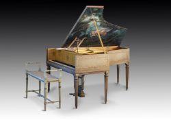 """Y† GABRIEL GAVEAU, PARIS; 6'4"""" MODELE II 'STYLE CLAVECIN' GRAND PIANO, CIRCA 1927"""