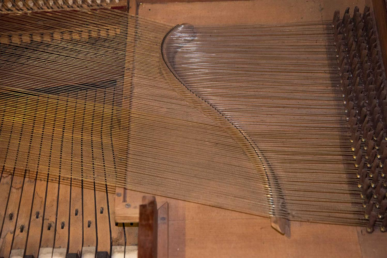 Y† AN ENGLISH SQUARE PIANO, CIRCA 1795 - Image 5 of 10