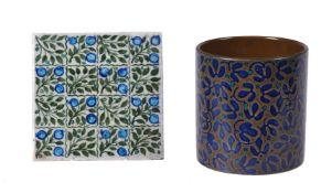 A William de Morgan 'Leaf and Berries' type Tile