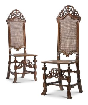 A PAIR OF WILLIAM & MARY WALNUT SIDE CHAIRS, CIRCA 1695