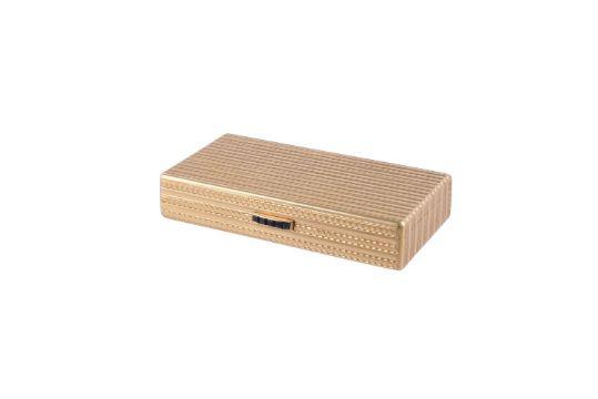 AN 18 CARAT GOLD RECTANGULAR BOX BY KURT WEIL