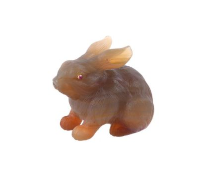 A CARVED AGATE RABBIT