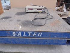 Used Salter industrial scales 2000kgs 125 x 125cms.