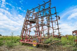 Vaderstaad 9m spring tine cultivator with levelling board.