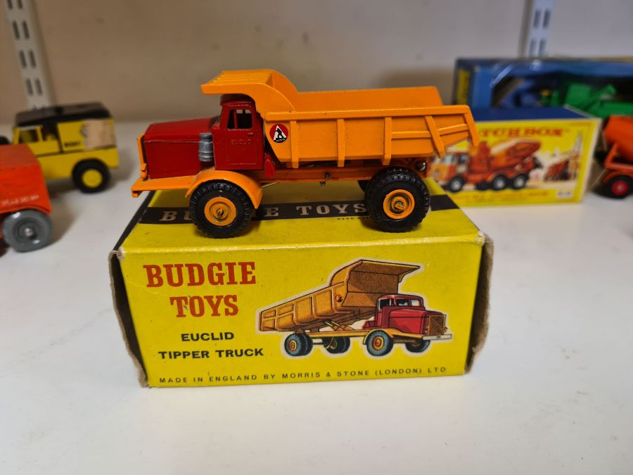 Mixed vintage die cast toys to include Morestone No. 311 Prime Mover and AA Road Services, Budgie - Image 3 of 5