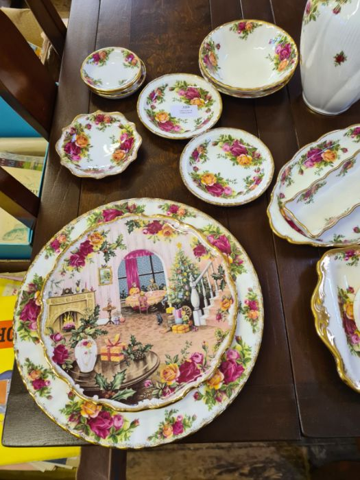 20 x various Royal Albert Old Country Roses items including dishes, pin dishes, lidded jar, - Image 4 of 4