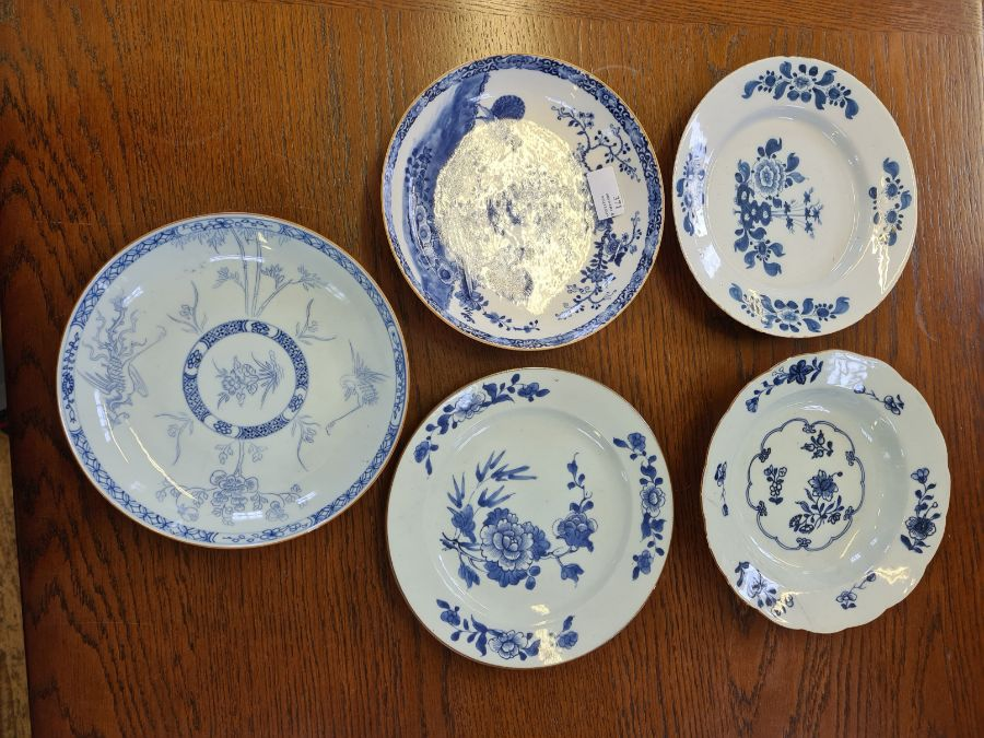 5 x 18th century and later tin glazed and porcelain plates and dishes.