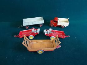 Mixed Dinky toys to include Bedford tipper 410 4 wheel trailer 428, 2 x Massey Harris manure