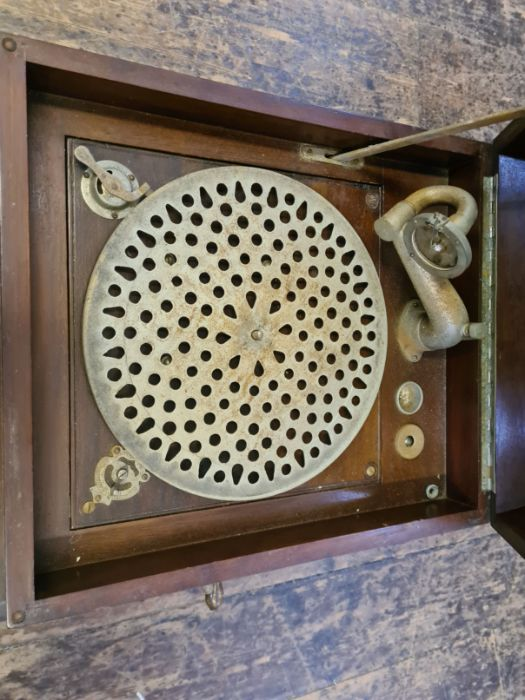 Edwardian mahogany cased Concert Grand wind up gramophone. - Image 3 of 4