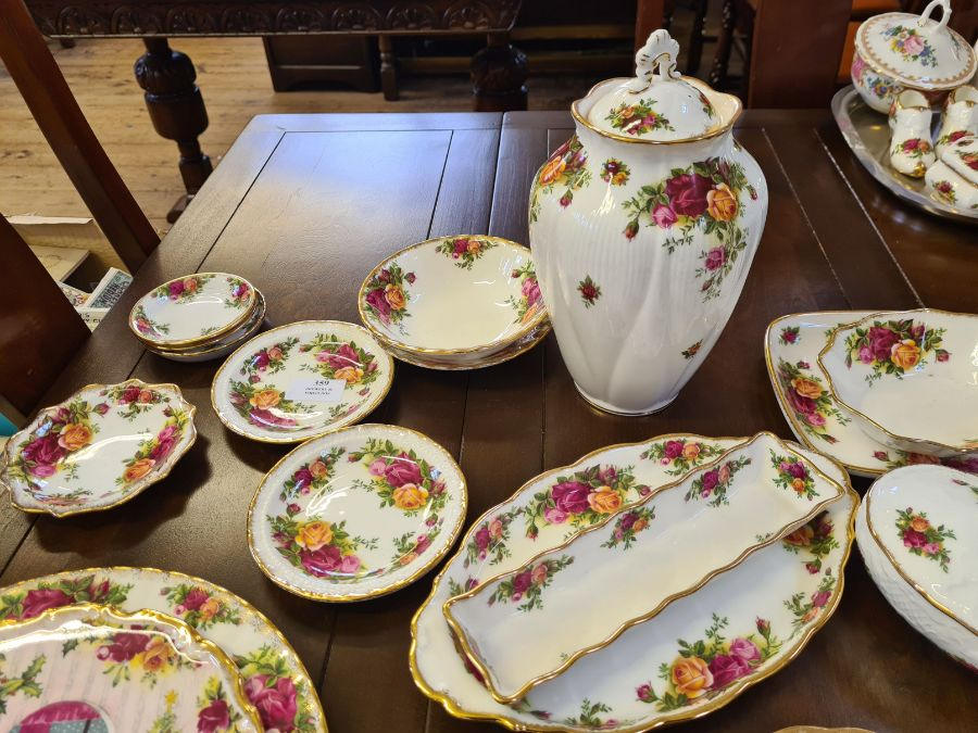 20 x various Royal Albert Old Country Roses items including dishes, pin dishes, lidded jar, - Image 2 of 4