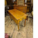 Victorian turned leg drop leaf Pembroke style table.