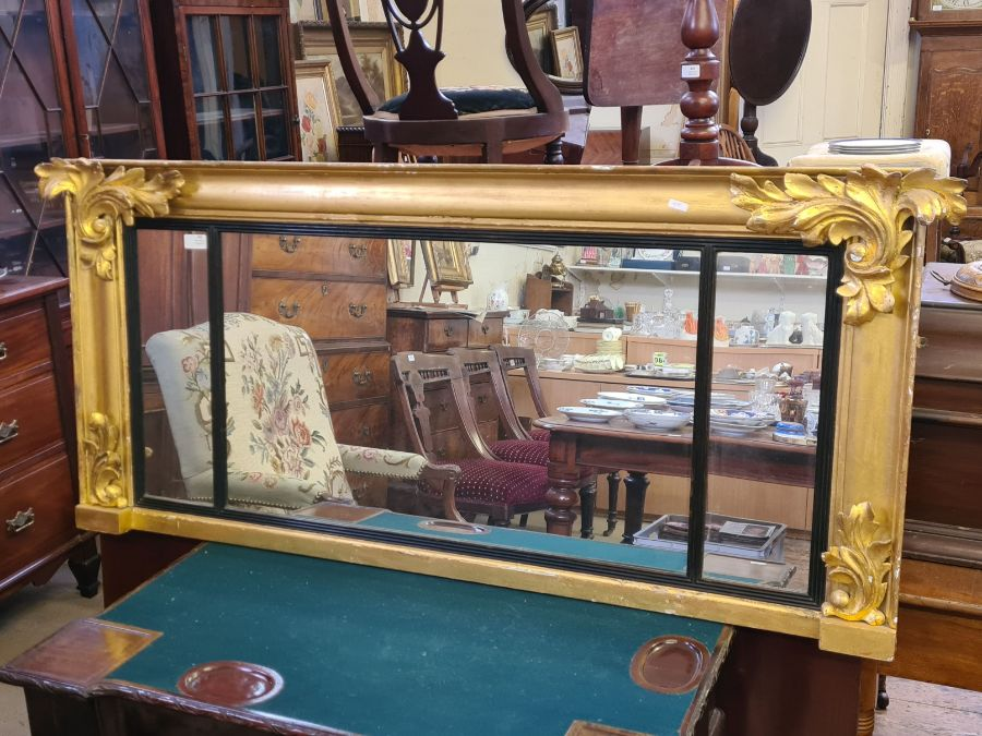 Regency gilt overmantle mirror with applied acanthus leaves and reeded glazing bars, 140cm x 62cm. - Image 5 of 5