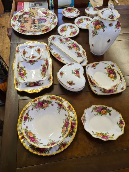 20 x various Royal Albert Old Country Roses items including dishes, pin dishes, lidded jar, - Image 3 of 4