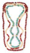 Drei Halsketten