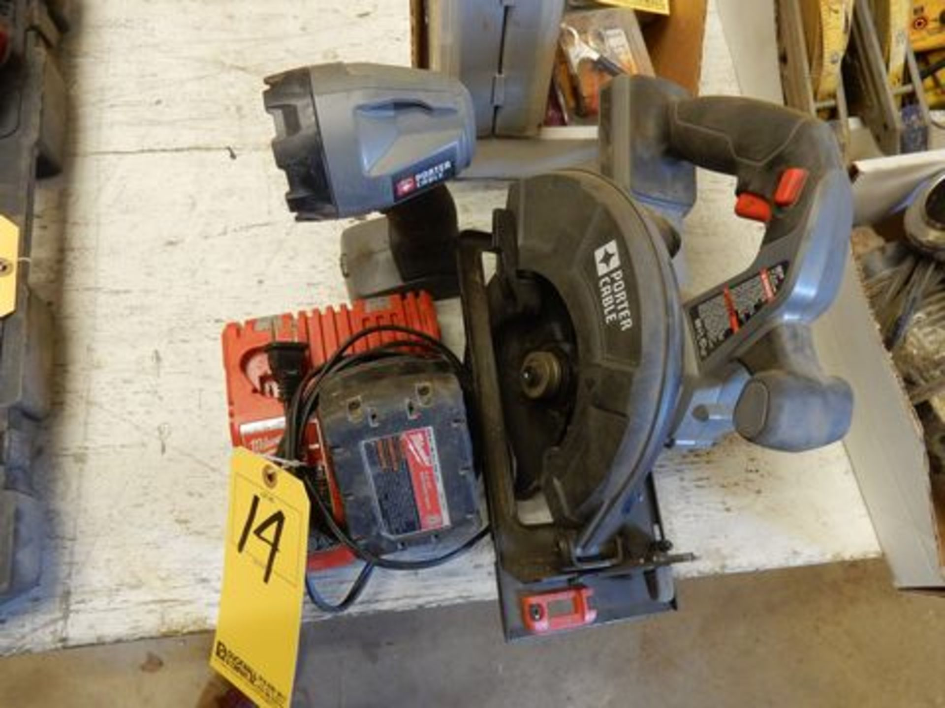 LOT MISC. MILWAUKEE & PORTER CABLE CORDLESS TOOLS TO INCLUDE: FLASHLIGHT, CIRCULAR SAW, CHARGER, ETC