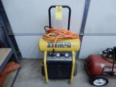 DEWALT PORT. AIR COMPRESSOR, 200 PSI, 1.6 HP, 4.5 GAL., ELEC.