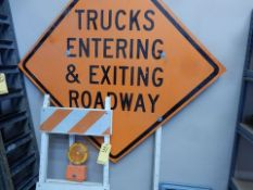 FOLDING BARRICADE SIGN & TRUCKS ENTERING SIGN