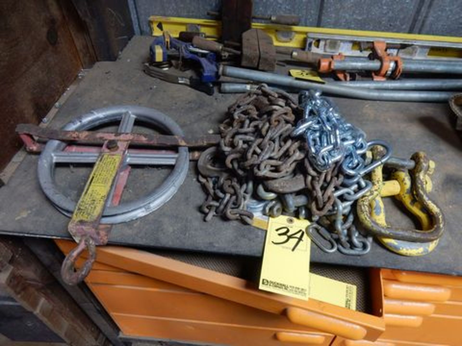 LOT CHAINS