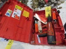 HILTI DXA40 CONCRETE NAIL GUN W/CASE