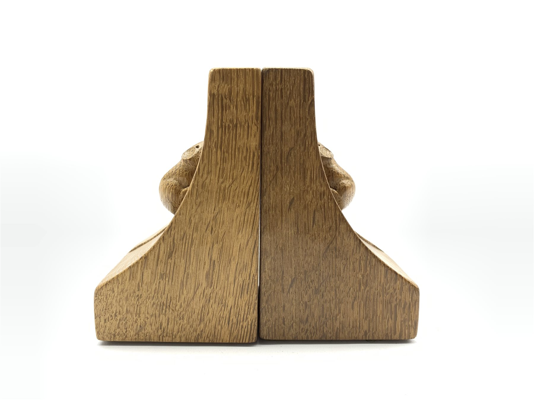 Pair of Thompson of Kilburn 'Mouseman' adzed oak bookends with carved mouse signature to each end H1 - Image 2 of 7