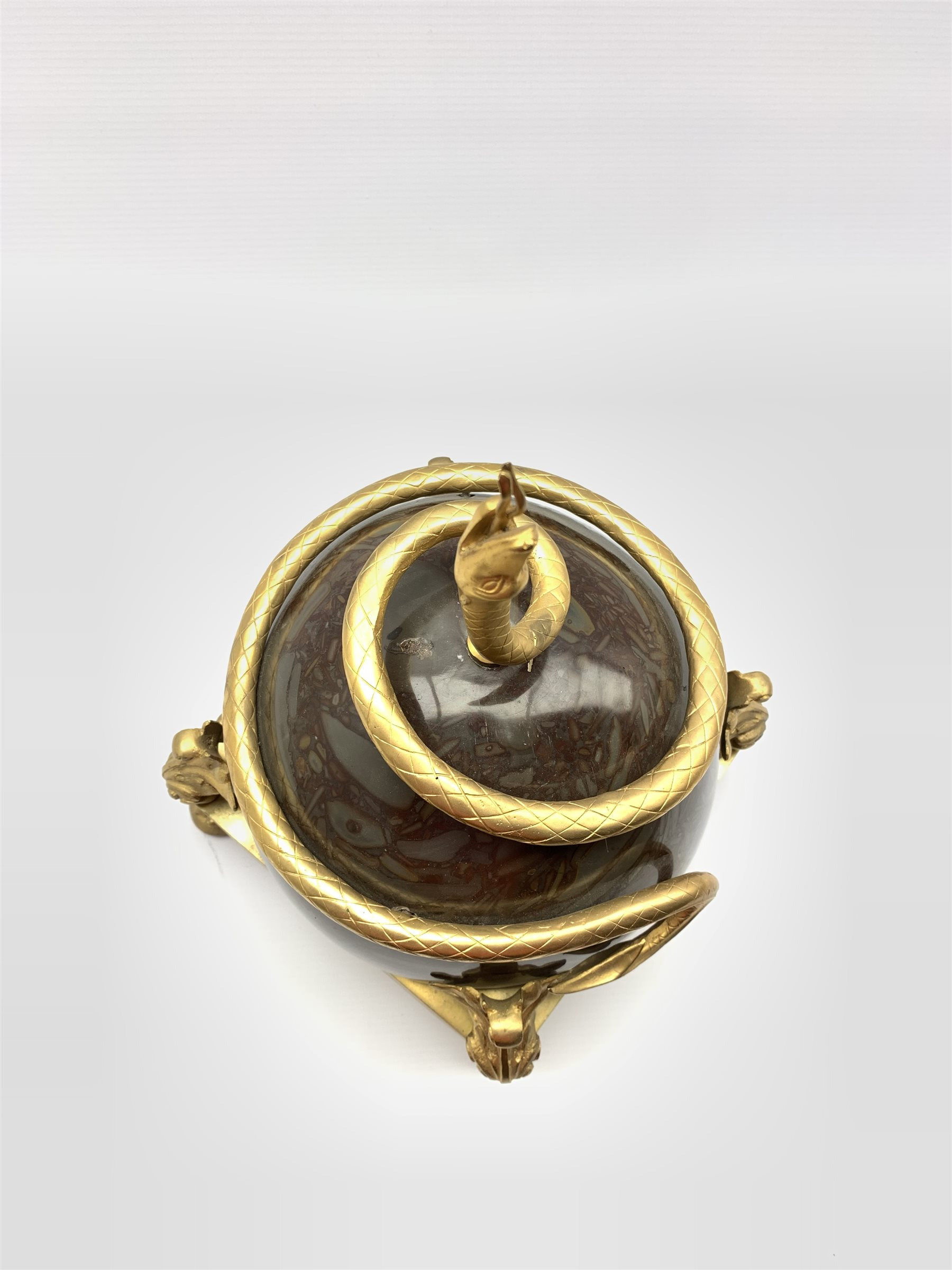 Veined green hardstone and gilt metal table centrepiece with a coiled serpent on a square base with - Image 2 of 5