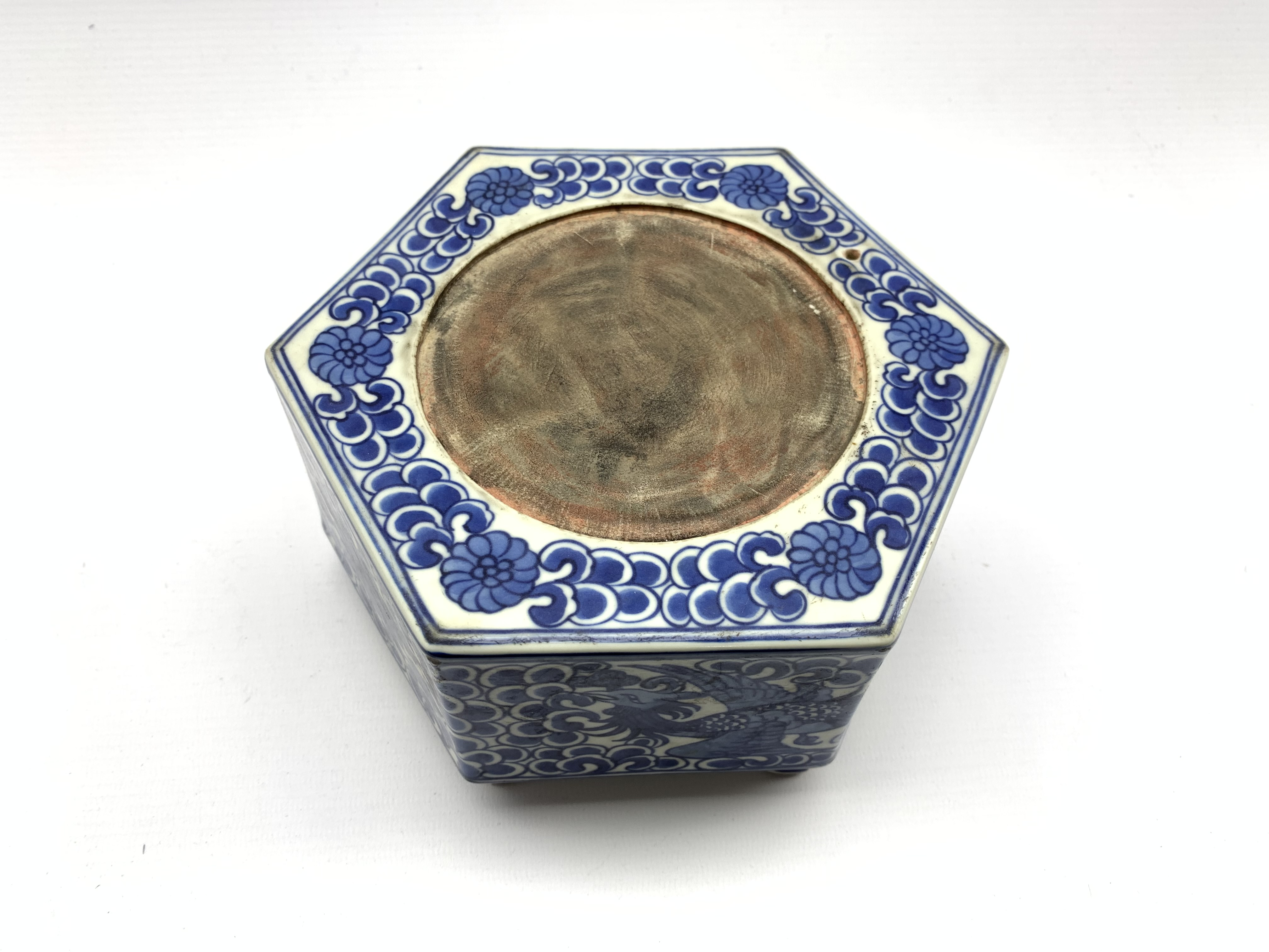 Chinese hexagonal ink stone decorated with Phoenix among scroll work in blue and white and with blue - Image 4 of 5