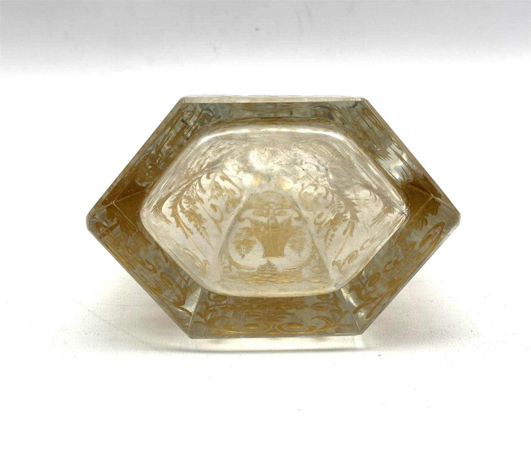 Early 20th century French glass claret jug of hexagonal design incised and gilded with trailing foli - Image 3 of 7