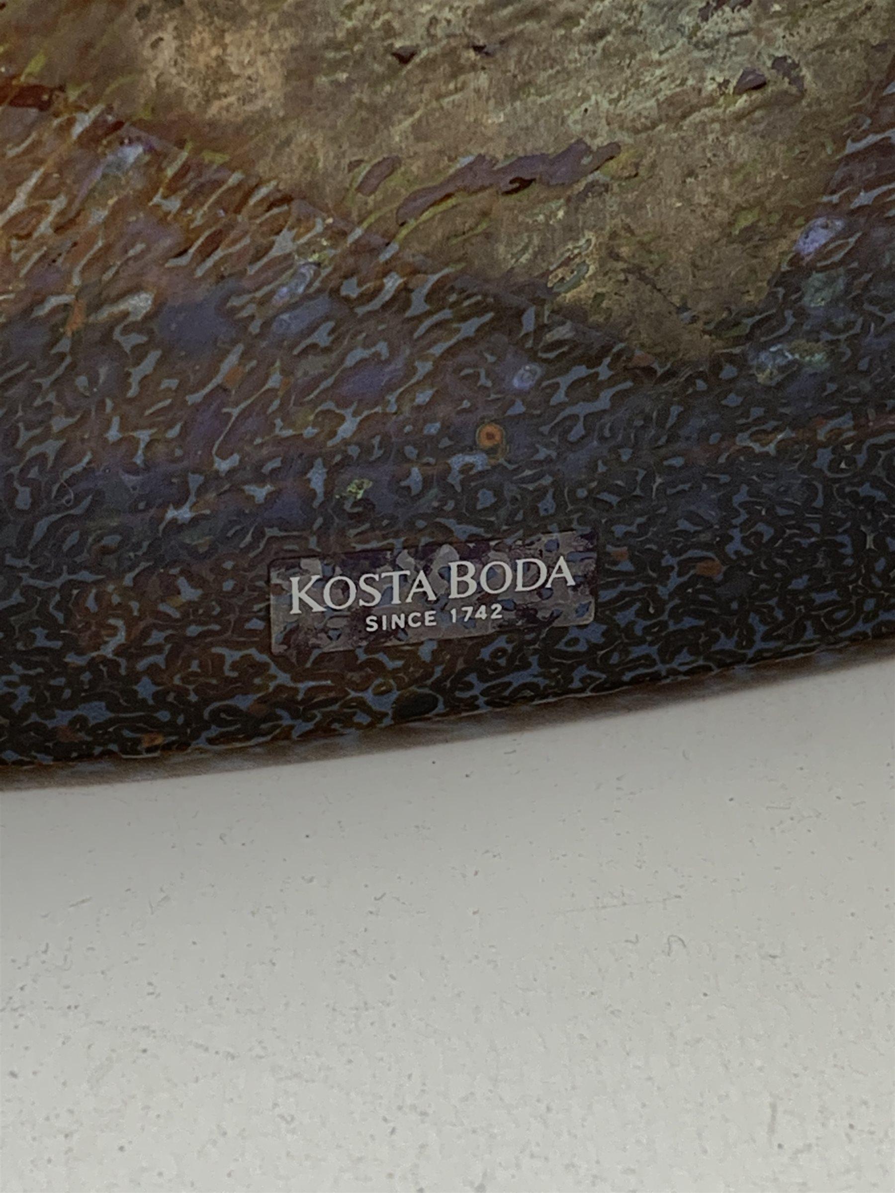 Bertil Vallien - Kosta Boda, satellite glass vase of compressed square form with bottle neck, with - Image 2 of 7