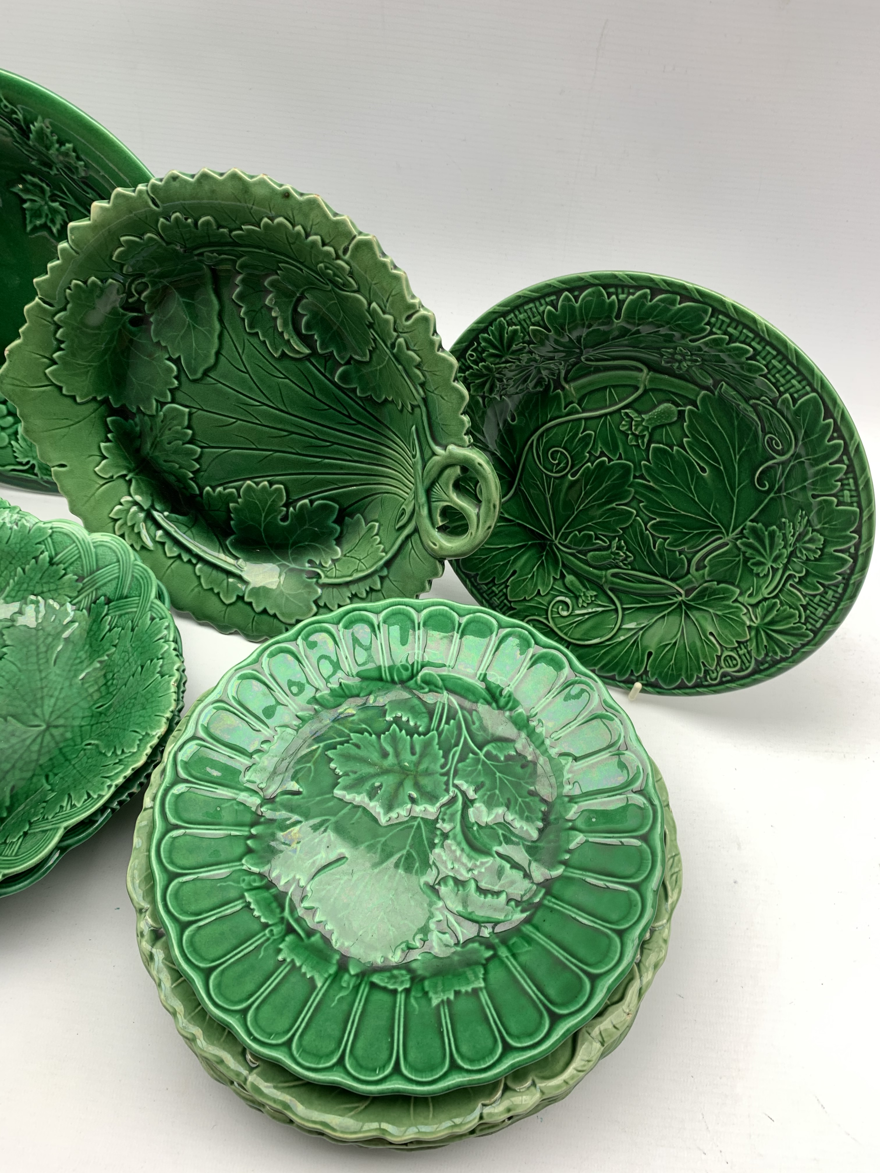 Pair of 19th century Wedgwood green glazed leaf moulded oval shallow dishes W28cm, pair of similar p - Image 4 of 5