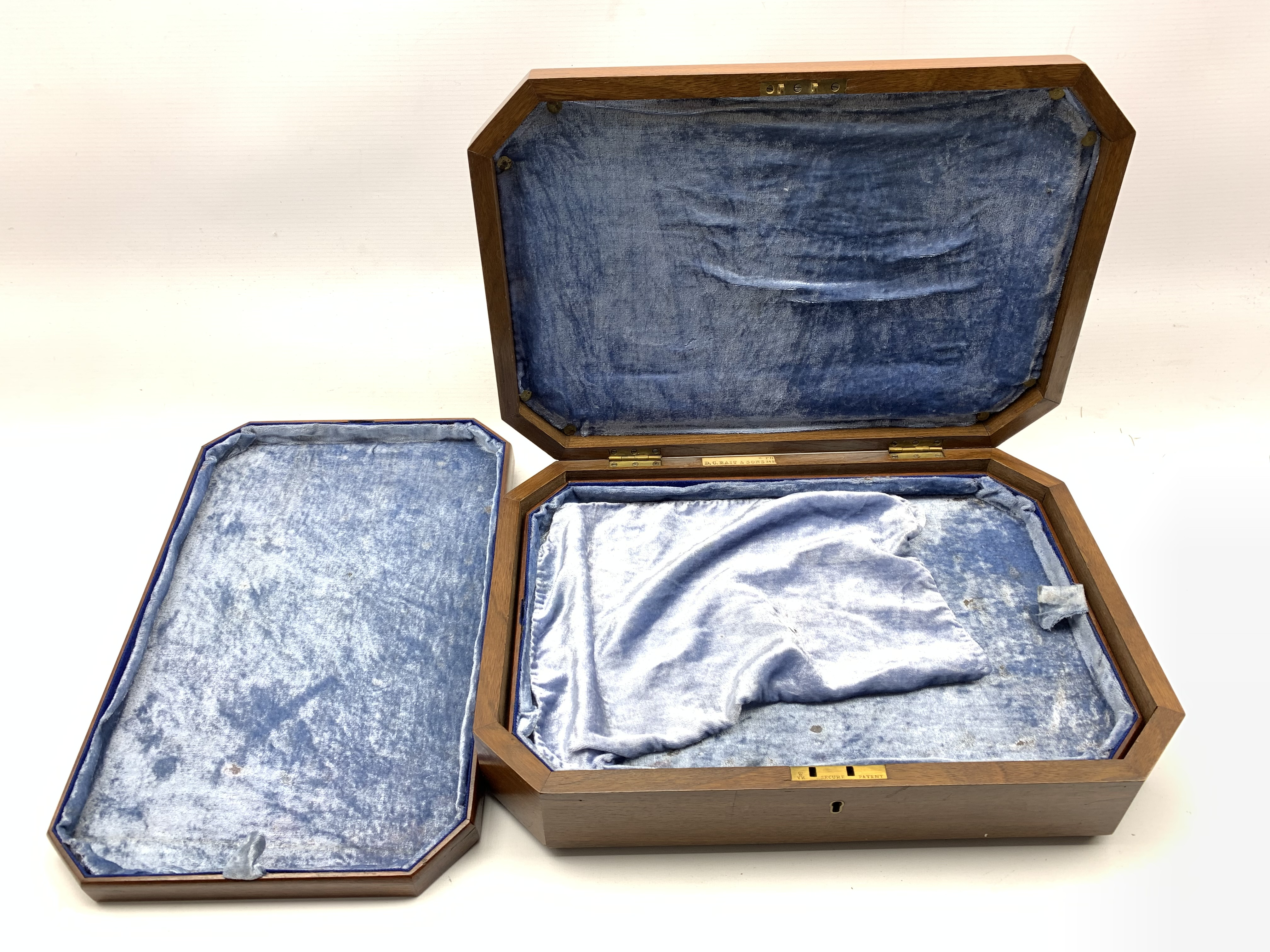 Late Victorian fitted walnut cutlery box with canted corners and burr top inset with central brass s - Image 4 of 5