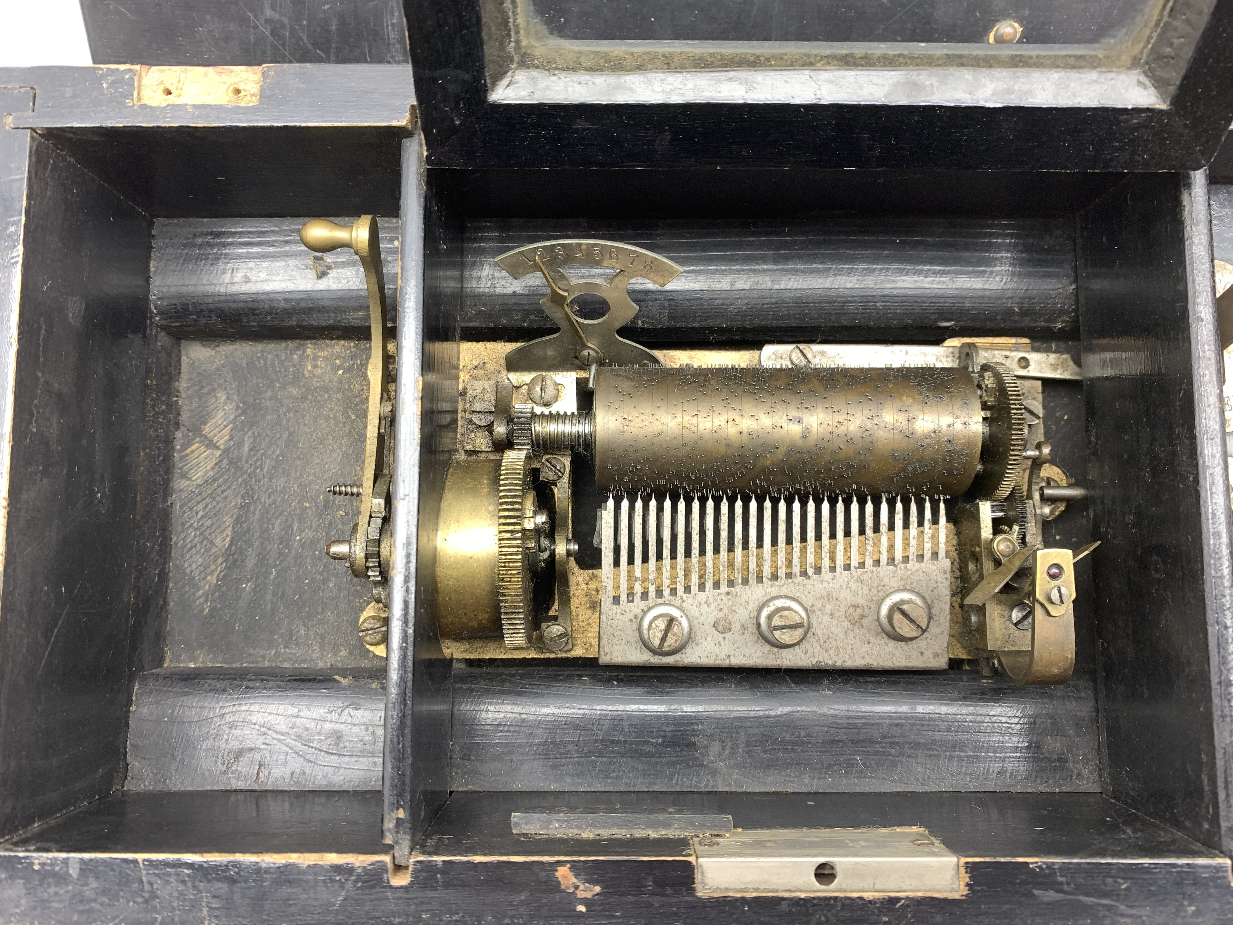 Late 19th Century Swiss eight air musical box with comb and cylinder movement, cylinder 10cm long in - Image 6 of 7