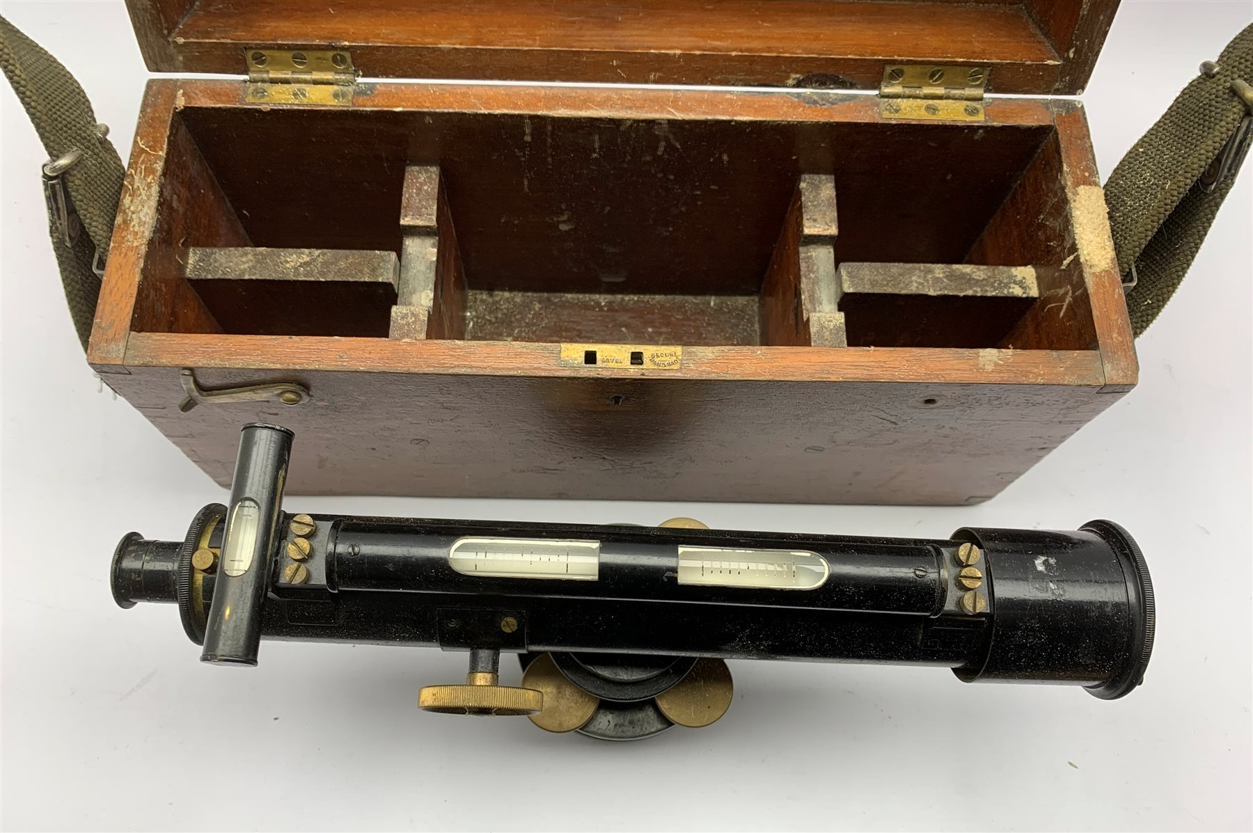 Theodolite by J Halden & Co Ltd Manchester & London theodolite, in wooden case - Image 2 of 3