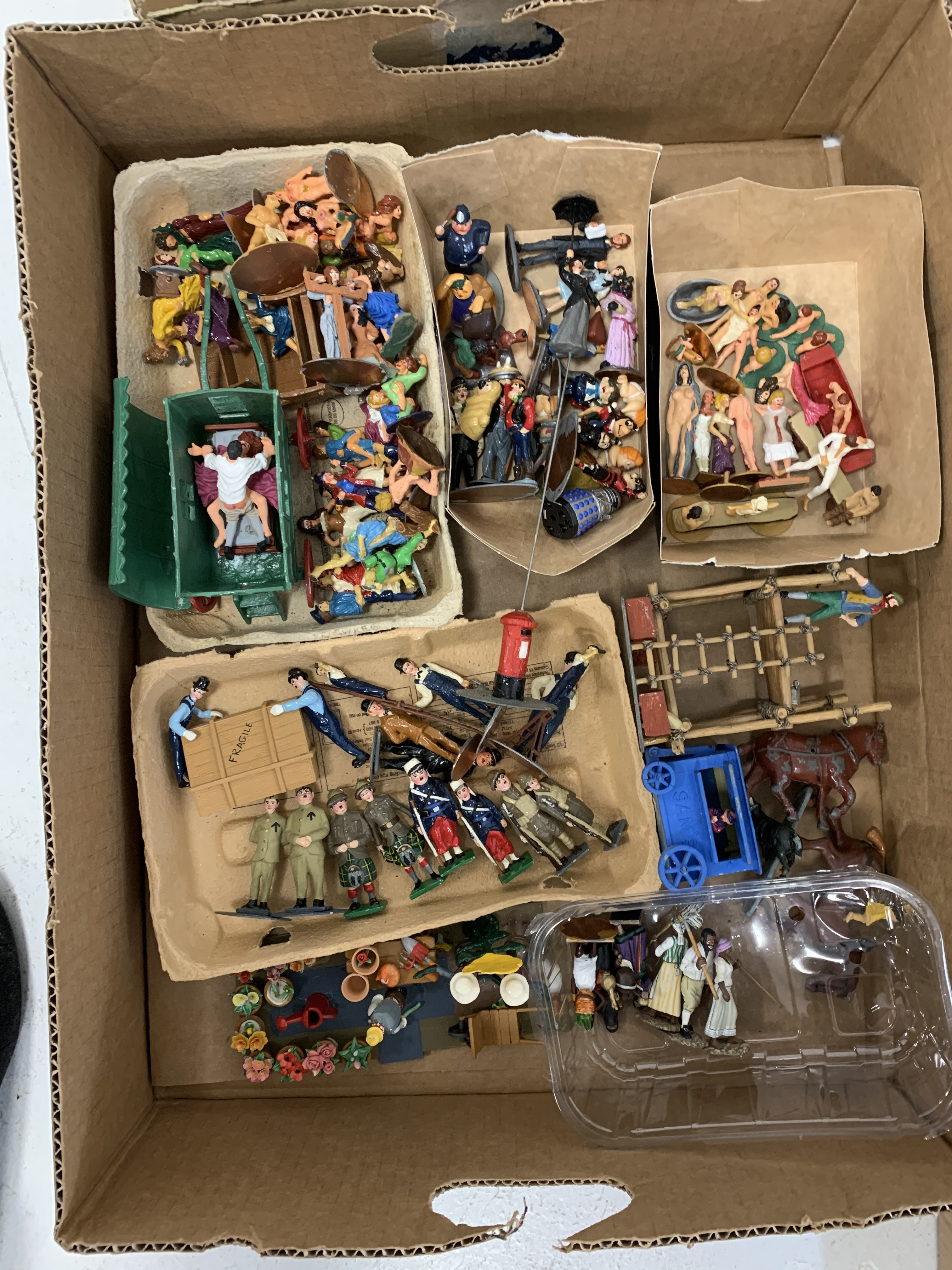 Collection of painted metal model figures and accessories - Image 9 of 9