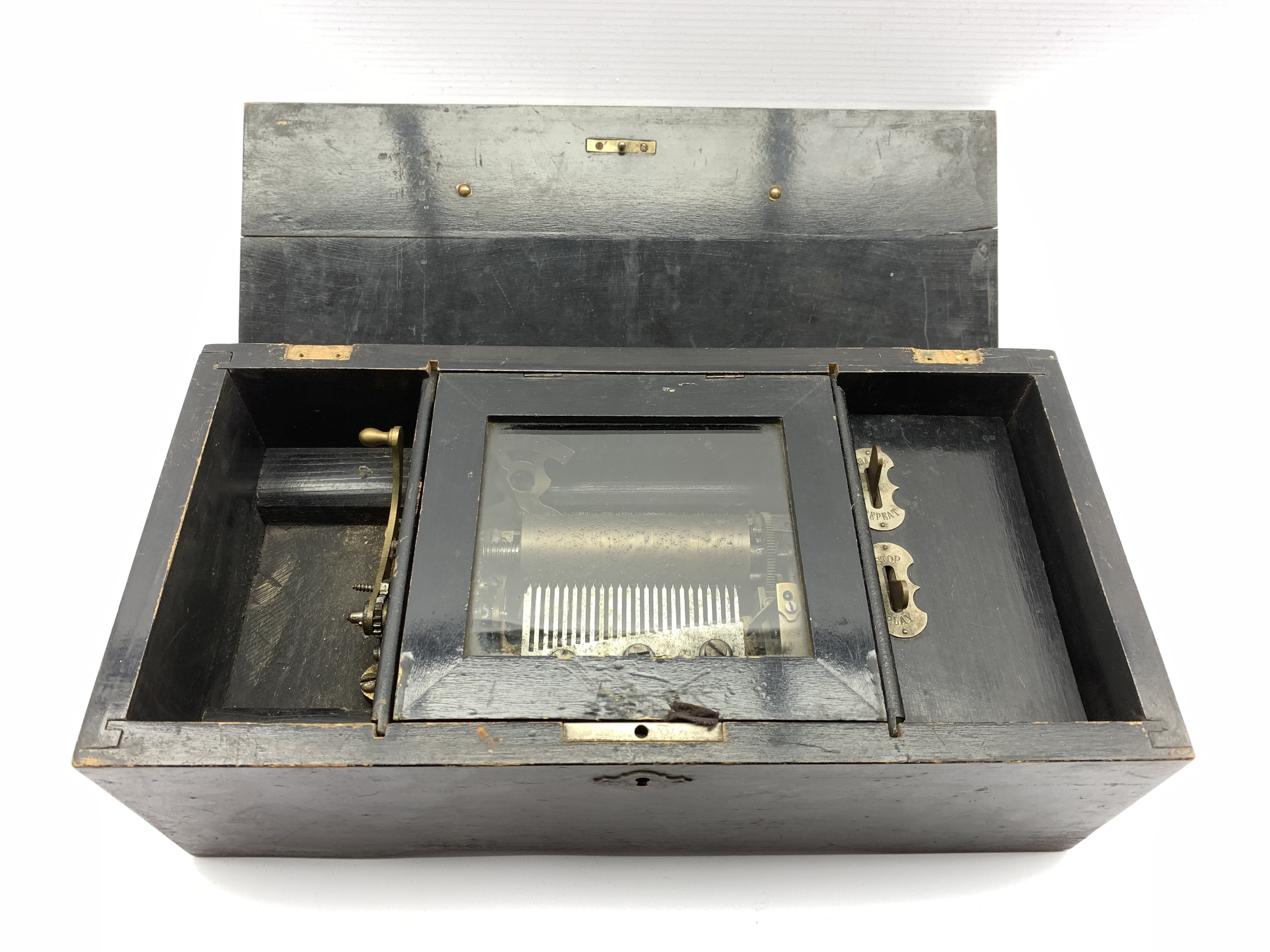 Late 19th Century Swiss eight air musical box with comb and cylinder movement, cylinder 10cm long in - Image 5 of 7