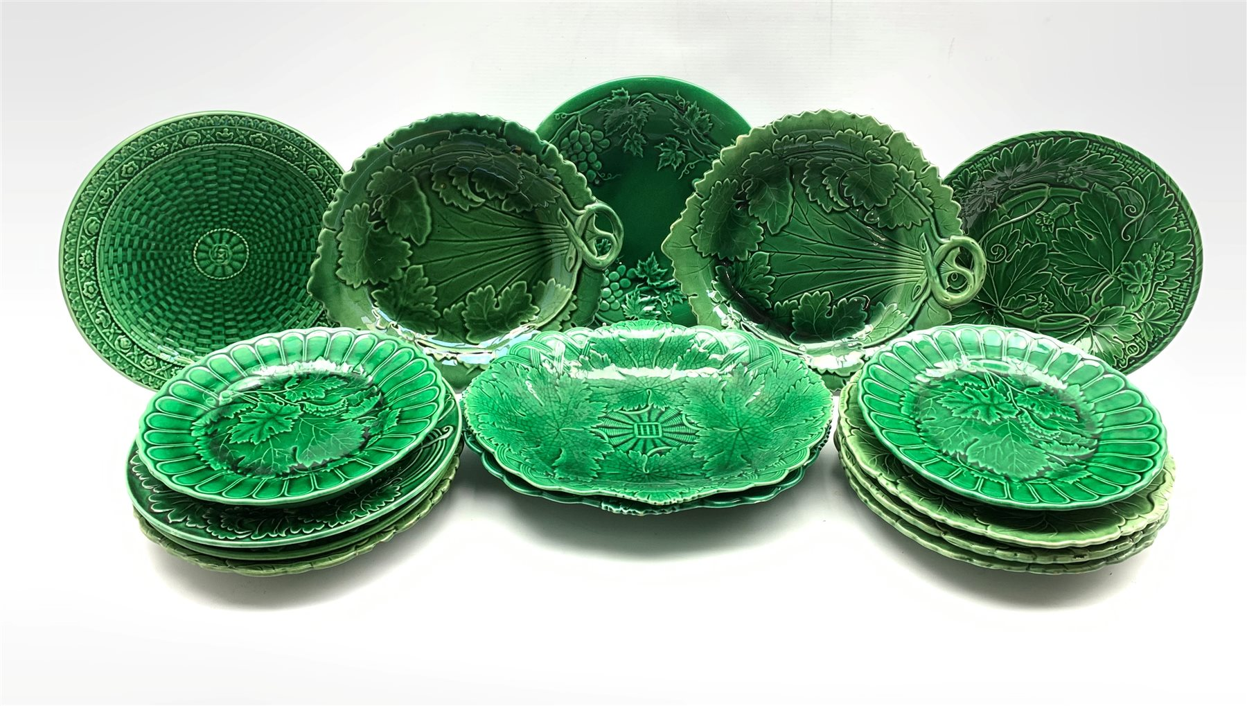 Pair of 19th century Wedgwood green glazed leaf moulded oval shallow dishes W28cm, pair of similar p