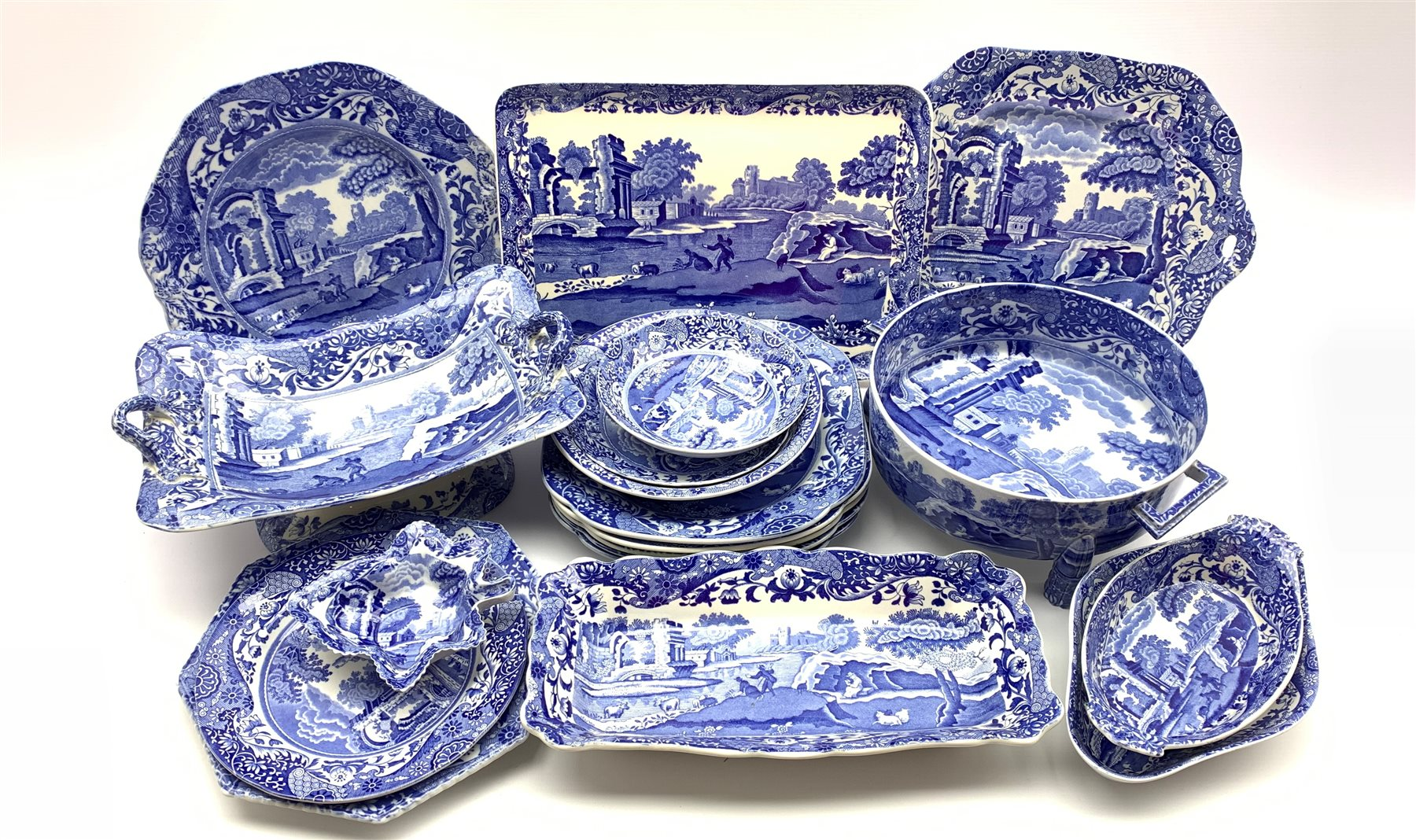 Copeland Spode's Italian pattern blue and white two handled fruit dish, two handled serving bowl on