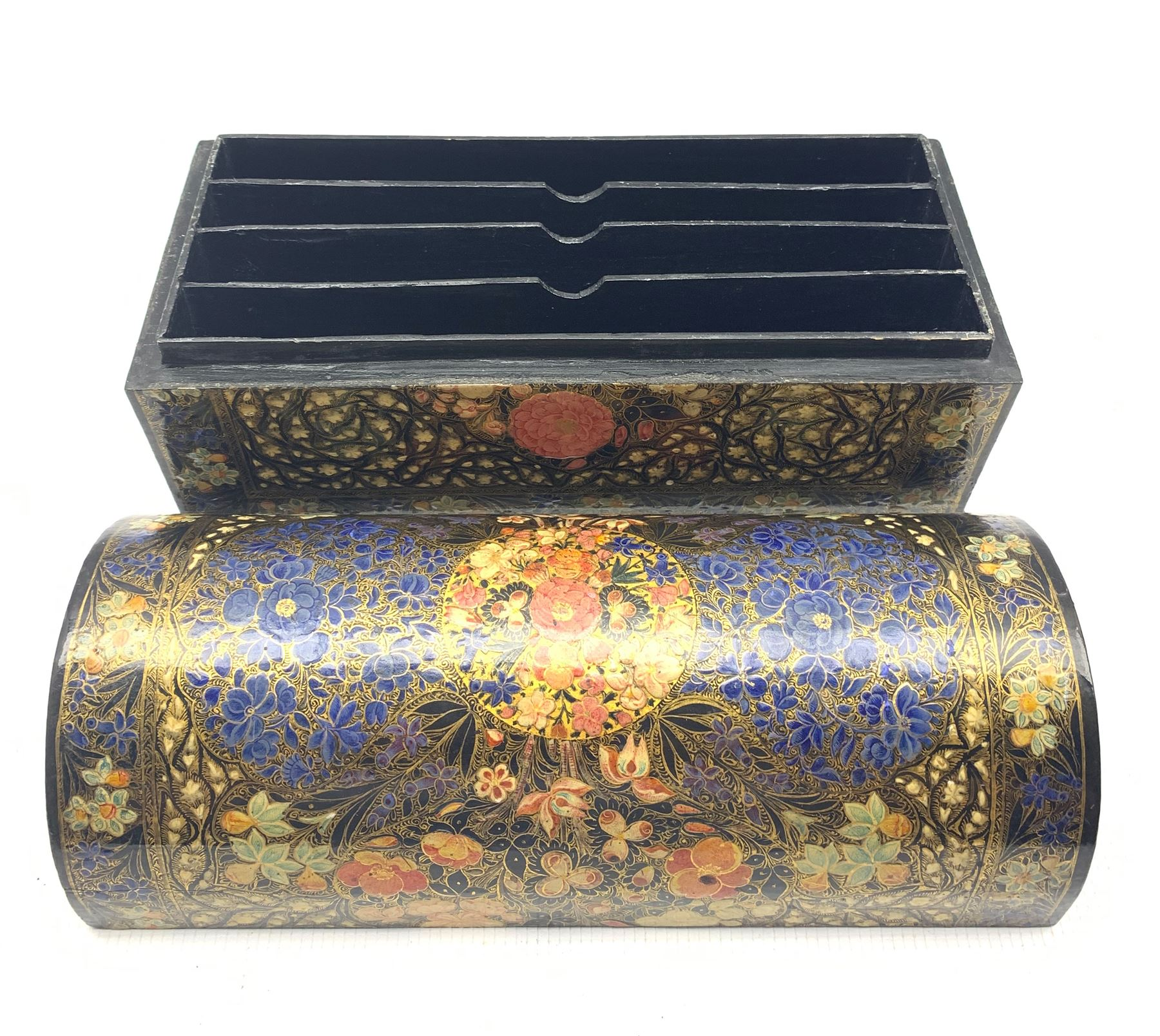 Kashmiri lacquered stationery casket with domed cover and divided interior painted with flower heads - Image 3 of 4