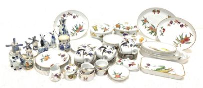 Royal Worcester Evesham table and oven ware including tureens