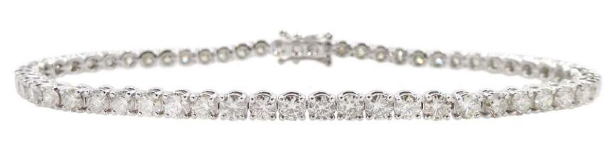 18ct white gold round brilliant cut diamond line bracelet